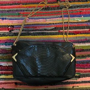 Be & D Black Leather Handbag